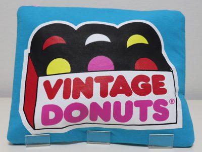 ハンドメイドクラッチバッグVintage Donuts(ブルー)