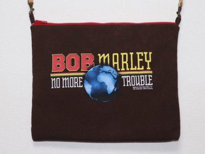 ハンドメイドサコッシュバッグBob Marley NoMoreTrouble